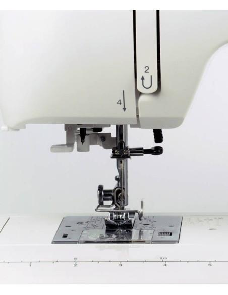 Macchina per Cucire Necchi 360   Asolatore automatico a 1 tempo, infila-ago e bobina a carica dall'alto