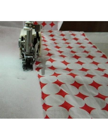 Il Piedino Doppio Trasporto consente di cucire facilmente trapunte quilt e imbottiture
