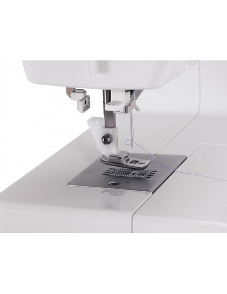 Singer Simple 3229 Sewing Machine | Needle threader