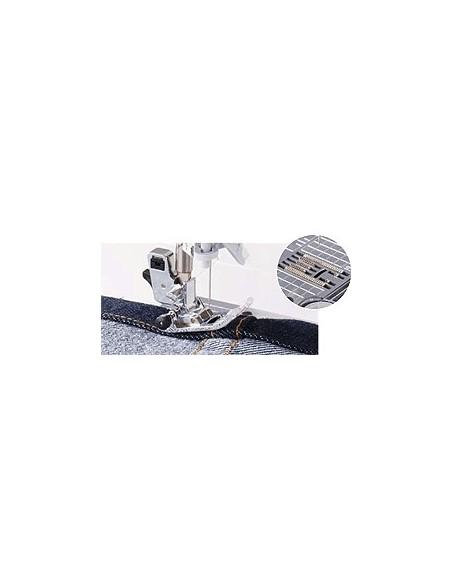 Macchina per Cucire Juki HZL-G120   Il famoso Trasporto Juki a movimento quadrato permette di cucire dalla seta al cuoio