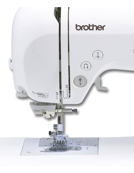 Macchina da Cucire Brother Innovis 35 | I tasti funzione per il cucito a portata di mano