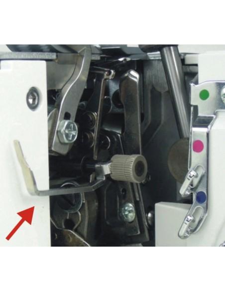 Tagliacuci Necchi NCV10A con dispositivo orlo arrotolato facilmente sganciabile