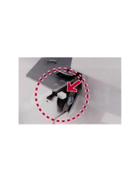 Tagliacuci Juki MO-644D Per realizzare Orli Arrotolati Perfetti basta spostare una Linguetta