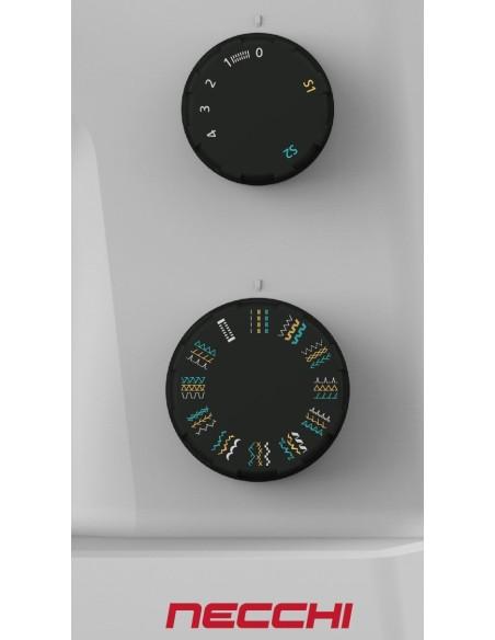 Sélecteur de point et de largeur de la machine à coudre Necchi Q132A