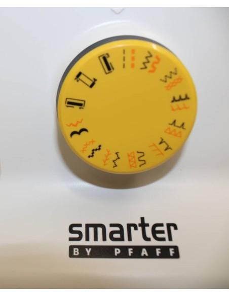 Ampia selezione di punti tra utili, elastici e decorativi della Smarter 130S by Pfaff