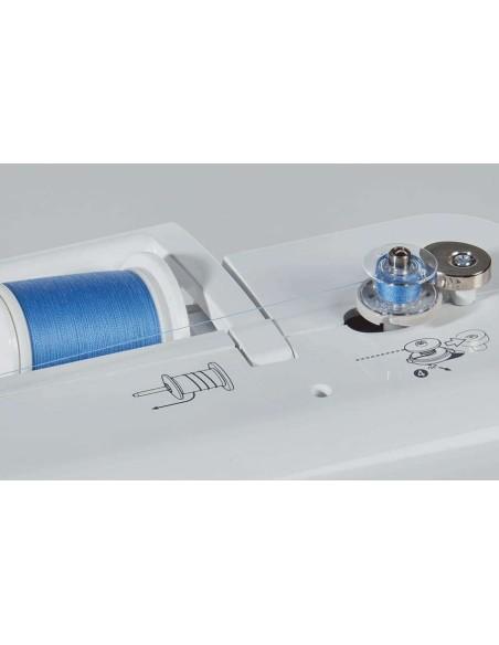 La macchina per cucire Brother Innov-is A150 adotta un sistema di riempimento della bobina facile e veloce