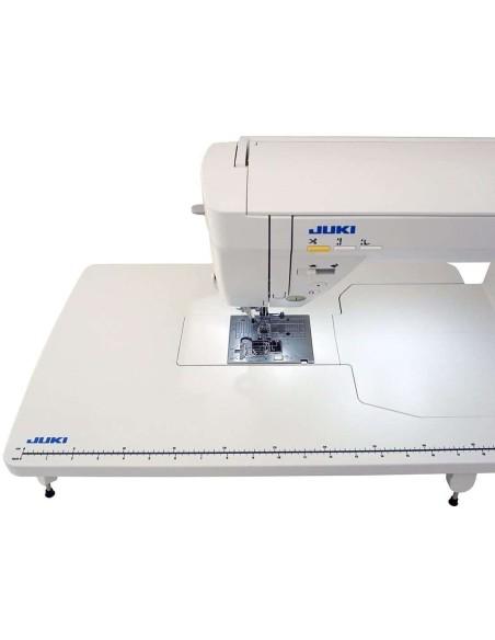 Il tavolo quilting allungabase è di serie con la Juki HXL-NX7