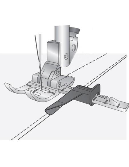Il Piedino con Guida Regolabile per macchine  Pfaff permette cuciture parallele professionali