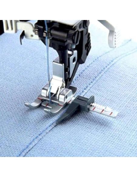La guida regolabile ti aiuta ad eseguire impunture perfette con la tua Pfaff.