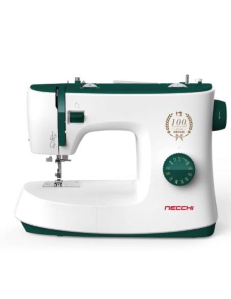 Necchi K121 una macchina meccanica per il cucito domestico