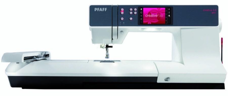 Macchina ricamatrice pfaff creative 3 0 macchine per cucire for Pfaff macchine per cucire
